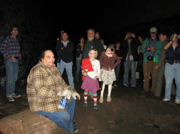 Bob Diamond (seated) gives one of his Atlantic Avenue tunnel tours. Photo: Steve and Sara Emry / Flickr